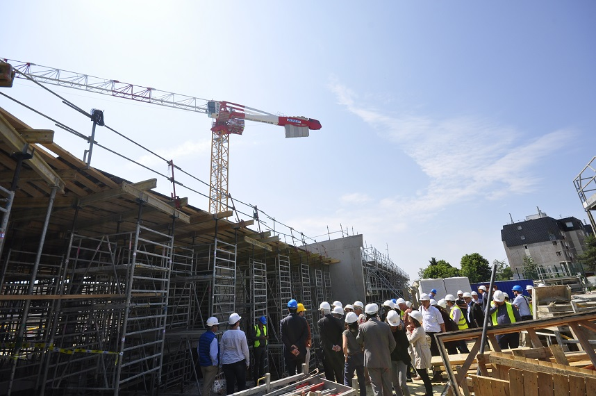 Coulisses du Bâtiment : 200 jeunes visitent le futur établissement scolaire de Garges