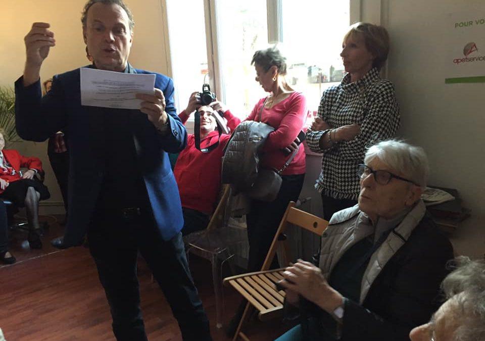Services à la personne : Julien Lepers participe à l'inauguration de l'APEF