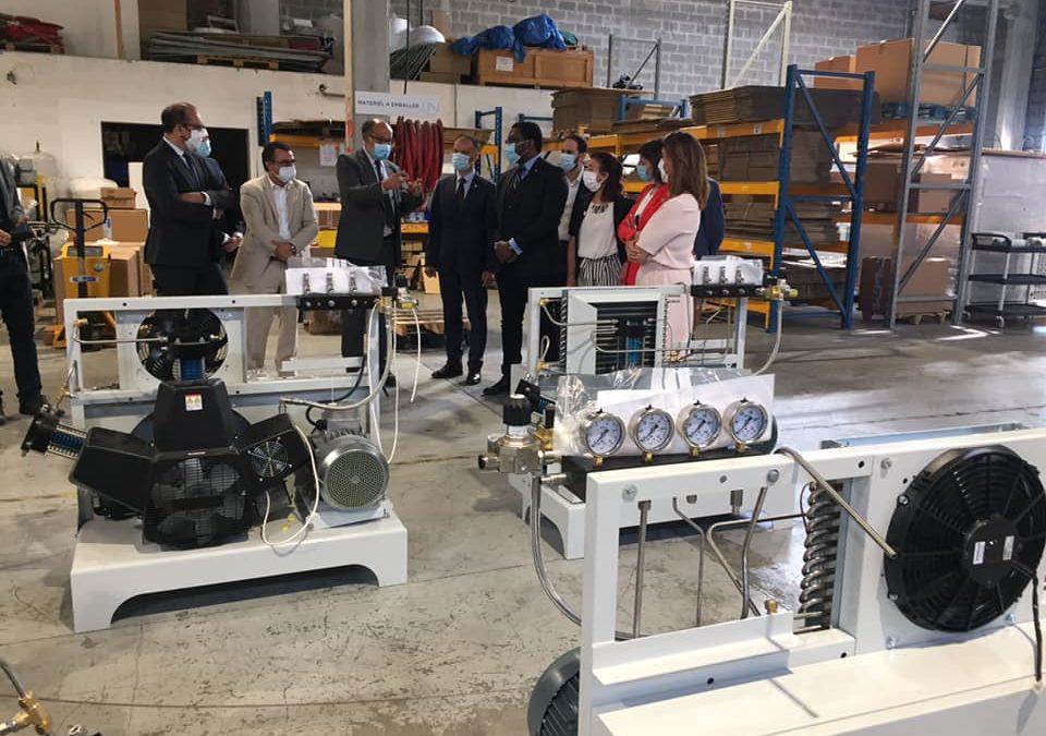 Les parlementaires valdoisiens en visite chez NOVAIR, à la découverte des générateurs d'oxygène