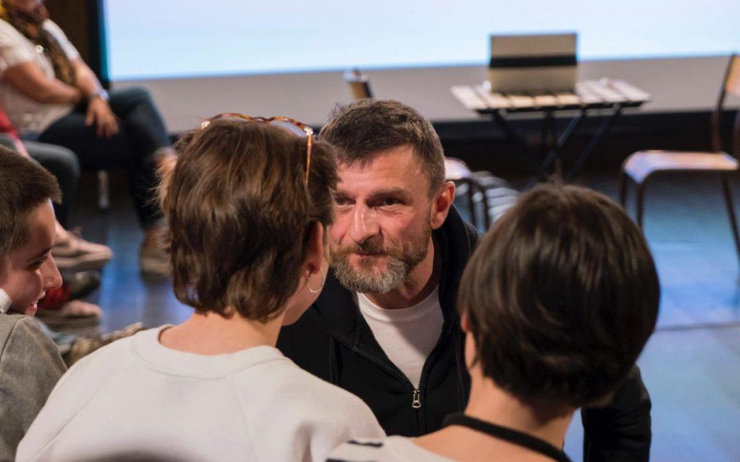 Points communs: le théâtre s'invite dans les établissements scolaires